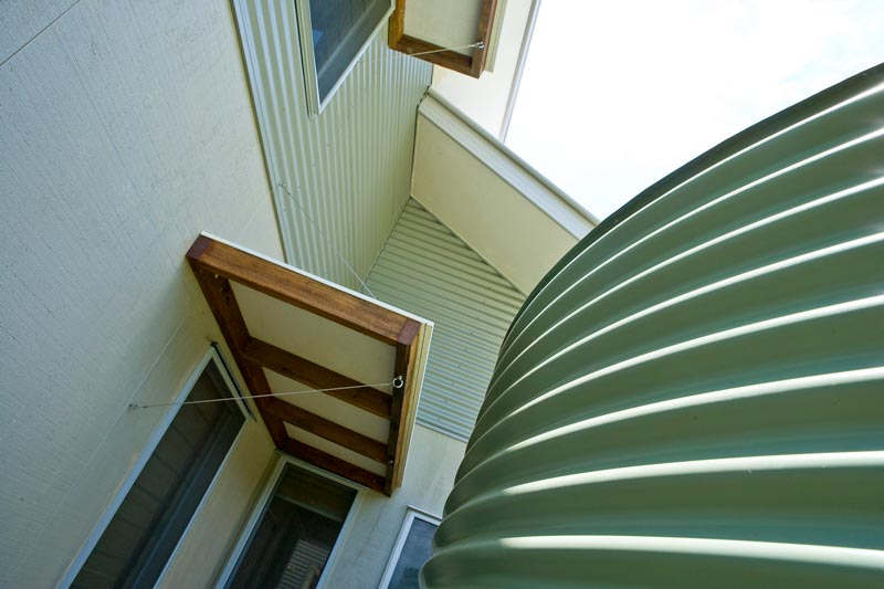 corrugated-round-metal-rainwater-tank