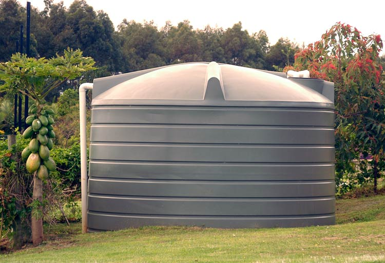how to connect a water tank to house